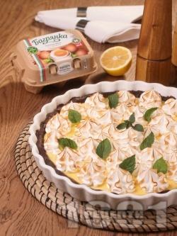 Лимонов пай с глазура от белтъци Багрянка - снимка на рецептата